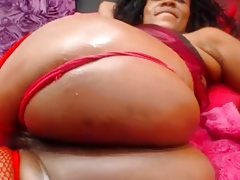 Freaky Ebony Mature Webcam Shows Ass and Pussy