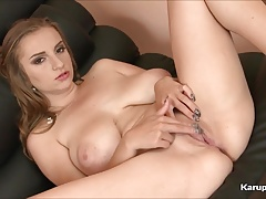 Hot Pussy Suzie Hunton Fingers Her Self
