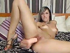 Czech chat broad using a monstrous dong wets the bed
