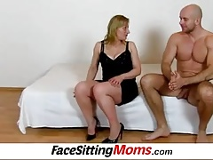 Mature pussy cunnilingus with amateur wife Gabina