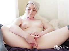 Yanks Summer Lynn Somers is a Squirter
